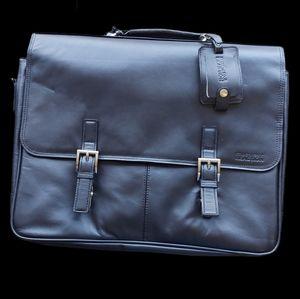 "NWT Kenneth Cole 15.6"" Leather Blk Messenger Bag"